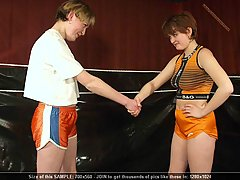 Wrestling Pictures -  Match between amateur female wrestlers