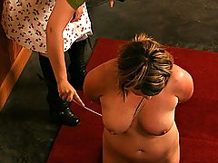 Amateurs Pictures -  Ms Bridgett lashes Graziella with the cane