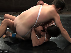 Gay Pictures -  Lee Stephens slams down Derrek Diamond and fucks him senseless!