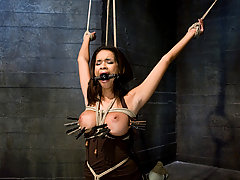 Couples Pictures -  Hot Latin girl having sex in bondage.