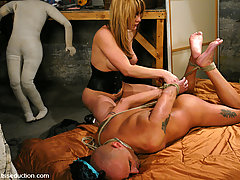 Transgender Pictures -  Hot Hung She male seduces, ties up, and fucks a straight man.