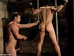 Gay Pictures -  Rusty Stevens ties up and fucks Derrek Diamond underwater.