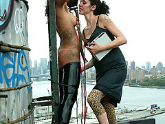 Electro Pictures -  NYC Part 1: Girl publicly shocked and humiliated in Times Square