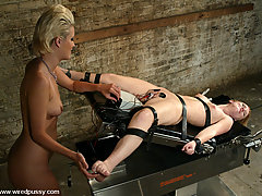 Electro Pictures -  Kimberly Kane dominates Gen Padova with electricity