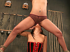 Slaves Pictures -  Holly Wellin, Jezebelle Bond