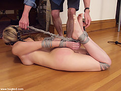 Bondage Pictures -  Chanta Rose in suspension action.