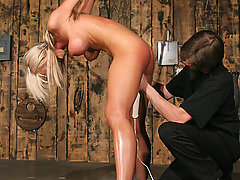 Slaves Pictures -  Huge tits blonde in Bondage.