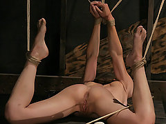 Slaves Pictures -  Scarlett struggles as The Pope dishes out the pain.