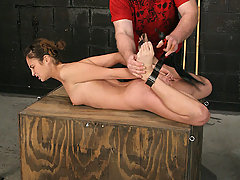 Torture Pictures -  Pain slut submits to Master!