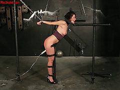Pain Pictures -  Hard Bondage!
