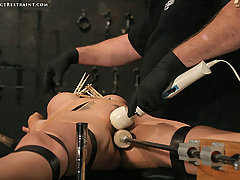 Pain Pictures -  Innocent slave in hardcore bondage!