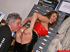 Feet Pictures -  Mature guy worships round ass of this hot lady in latex then eats her juicy pussy